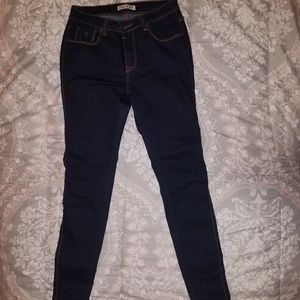 Darl blue jeans